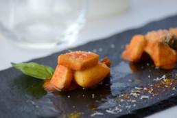 gnocchi di patate al sugo - villa la fenice
